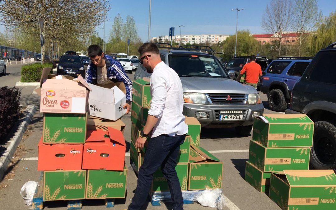 42 de pachete cu mâncare au ajuns la familii în nevoie